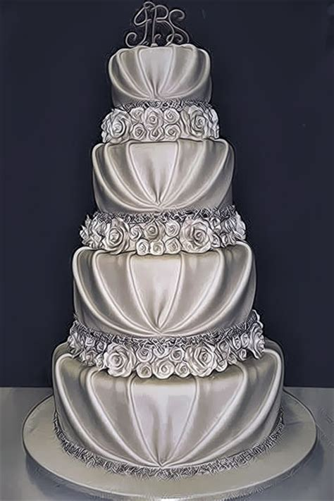 silver romantic wedding cake   Wedding Day Pins : You're #1 Source for Wedding Pins!