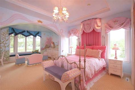 big pink bedroom idea for the little princess room kids room ideas