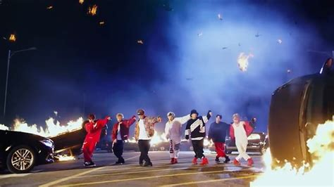 bts mic drop bts becomes first k pop group to enter top 40 of billboard