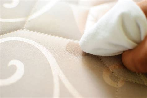 Blood Removal From Mattress by How To Clean A Soiled Mattress