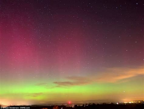 Horizon Curtains Northern Lights Aurora Borealis Over Gloucestershire