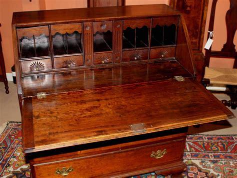 Desk With Secret Compartments For Sale by 18th Century Chippendale Slant Front Desk With Secret