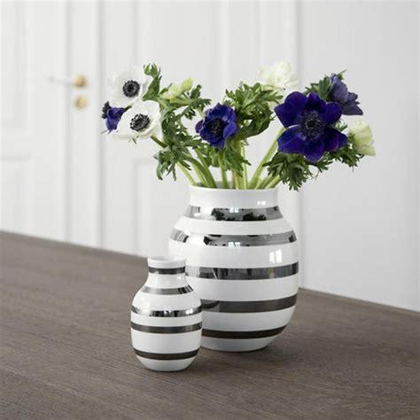 omaggio vase med s 248 lv striber fra k 228 hler k 228 hler omaggio