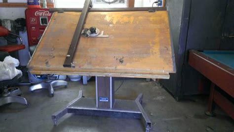 Motorized Drafting Table Motorized Drafting Table Espotted
