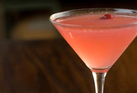 cosmo martini cranberry cosmopolitan recipe leite s culinaria