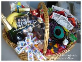 birthday gift delivery 7 best images of gift basket designs baby boy gift basket gift basket and themed gift baskets
