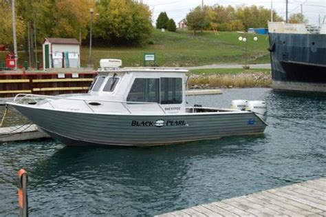 small fishing boats for sale ontario 2010 24 henley aluminum cabin boat with cuddy undefined