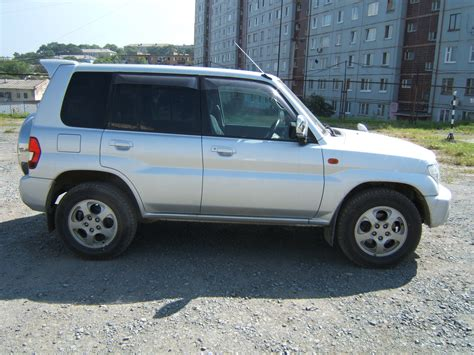 mitsubishi pajero io 2000 2000 mitsubishi pajero io pictures information and