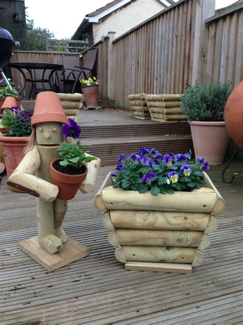 Stand Up Bulb Planter by Stand Up Flowerpot With Small Planter