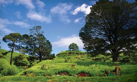 air new zealand vacations quot the hobbit quot trip in auckland central 1001 groupon getaways