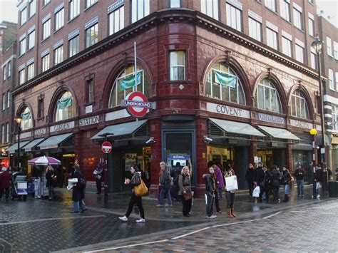 covent garden file covent garden stn building jpg