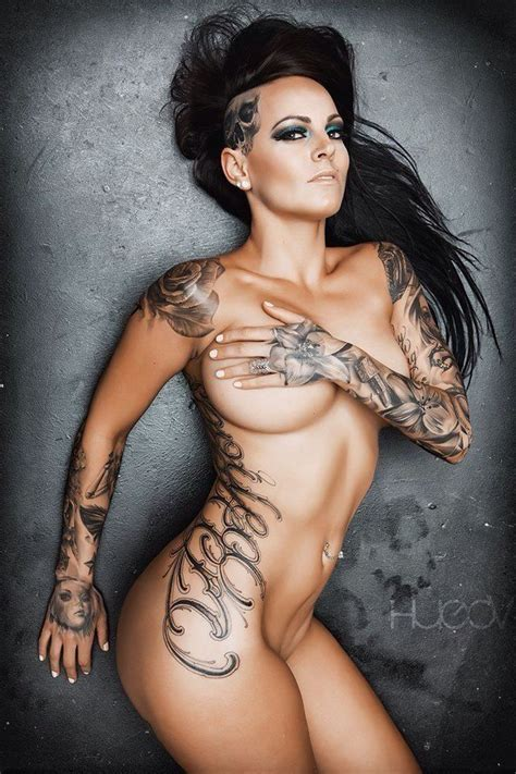 tattoo on hot body girls with tattoos 1 knuckledragger magazine