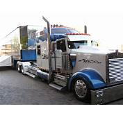 Mid America Truck Show Low Kenworth W9  Chainimage