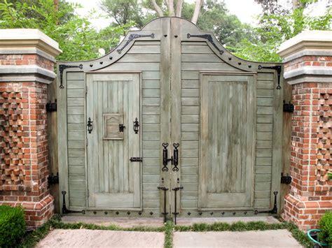gate designs wood driveway gate designs