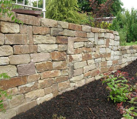 Natursteinmauer Als Sichtschutz by Natursteinmauer Als Sichtschutz Sichtschutz Terrasse