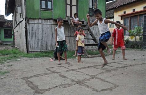 Congklakmainan Anak Masih Inget Gak Permainan Anak Tradisional Jaman Dulu