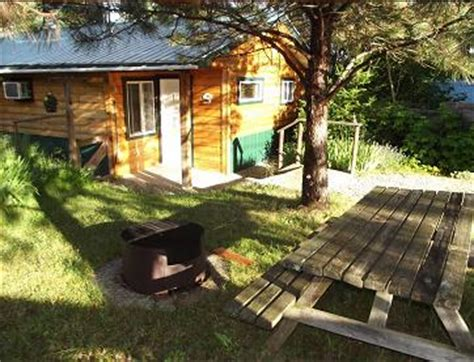 Sovereign Hill Cabins by Larch Cabin Near Salmon Arm Columbia Canada