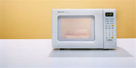 Microwave Cosmos Co 958 delicious meals you can make using just a microwave