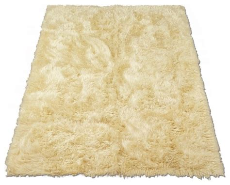faux rugs classic sheepskin ivory rectangle faux fur rug 28 quot x43