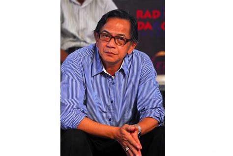 pemain film laga indonesia ray sahetapy senang jadi pelatih sepakbola republika online