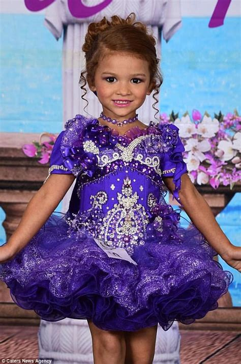 natural pageant hair for 5 year old mother of beauty pageant star says her hobby has cost 36k