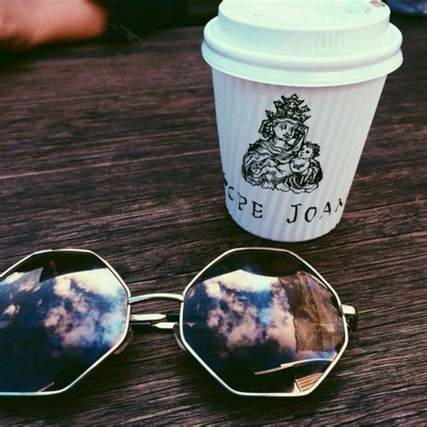 coffee sunglasses wallpaper papel de parede starbucks tumblr tumblr girl wallpaper