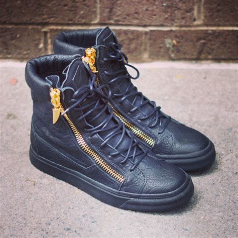 giuseppe zanotti homme hi top trainers with gold zips