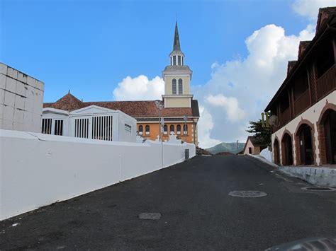 Appartement F2 à louer en Martinique à proximité de Les Trois Îlets (Bourg)