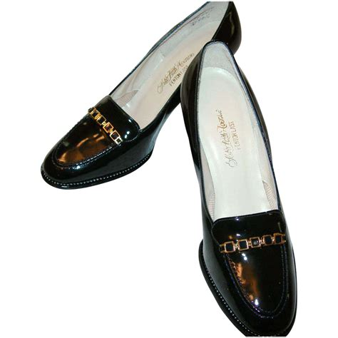 avenue shoes vintage saks fifth avenue patent leather shoes from