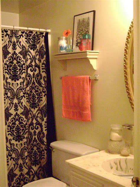 college bathroom ideas 17 best images about college apartment on