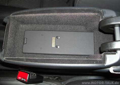 Bluetooth auf Handyvorbereitung (Bluetooth) umrüsten : Audi Q3