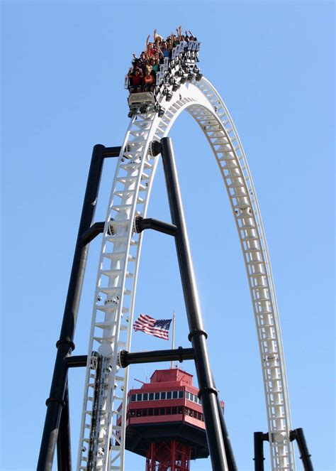 theme park list usa six flags magic mountain voted 1 theme park by readers of