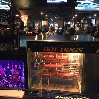 the dive bars of america stage door casino las vegas nv enuffa stage door 130 photos 264 reviews dive bars 4000 linq ln the las vegas nv