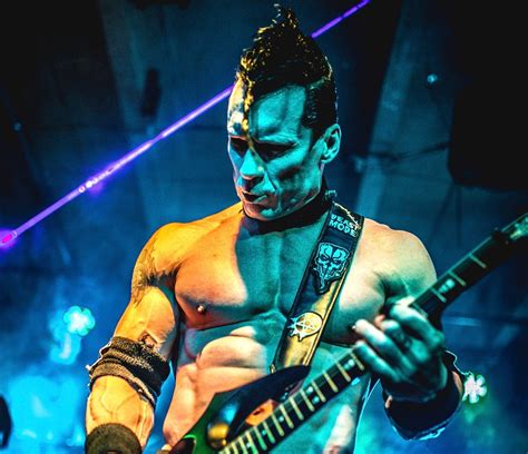 Blood Of Gods doyle joins gwar the blood of gods tour as we die tour