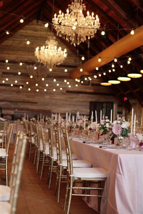 simple vintage wedding decor ideas combined with classic ideas looks graceful roowedding