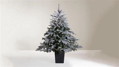 best christmas tree allergy best artificial trees 2018 a hassle free with our of the best