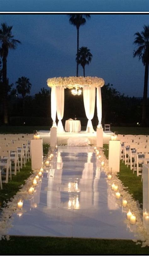 outdoor night wedding gorgeous setting wedding love