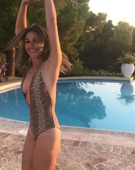 Elizabeth Hurley Slip Pictures by Elizabeth Hurley 52 Risks Nip Slip As She Parades Epic