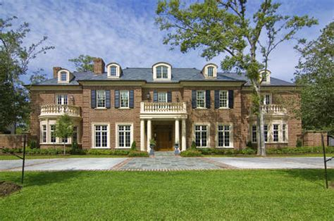 colonial mansion new colonial mansion constructed in piney point village