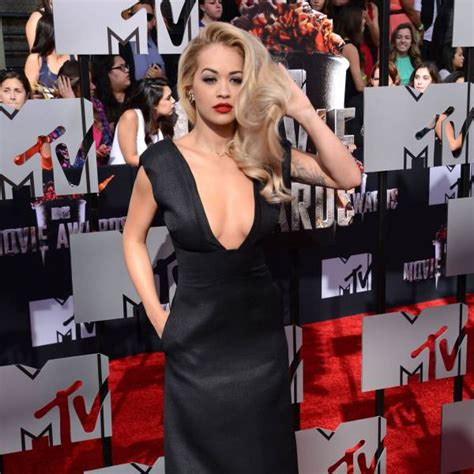 Whats In The Mtv Awards Goodie Bags by What S In The Mtv Awards Goodie Bags The Blemish