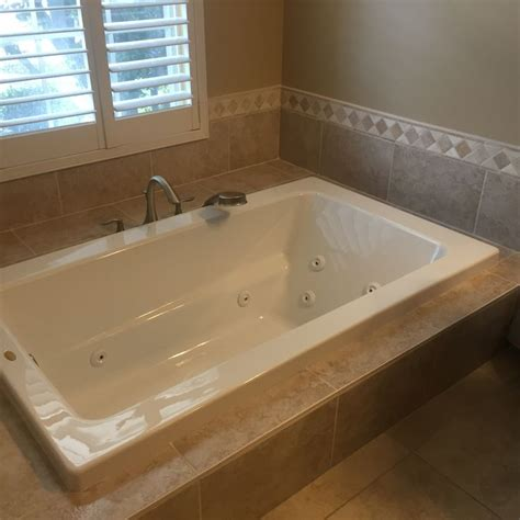 Jetted Tub Prices by Jet Tubs For Small Bathrooms Best Shower Tub Tile Ideas