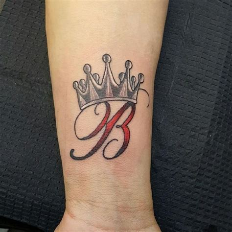 tattoo font queen letter b tattoos pictures to pin on tattooskid