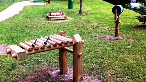 tavoli da ping pong in cemento al parco grignetta arrivano i giochi sonori tavoli da