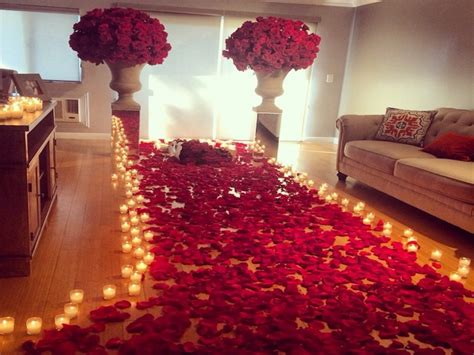 romantic room decoration  candles  roses wedding