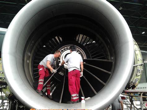 innen außenthermometer betriebsbesuch austrian airlines arbeitswelten