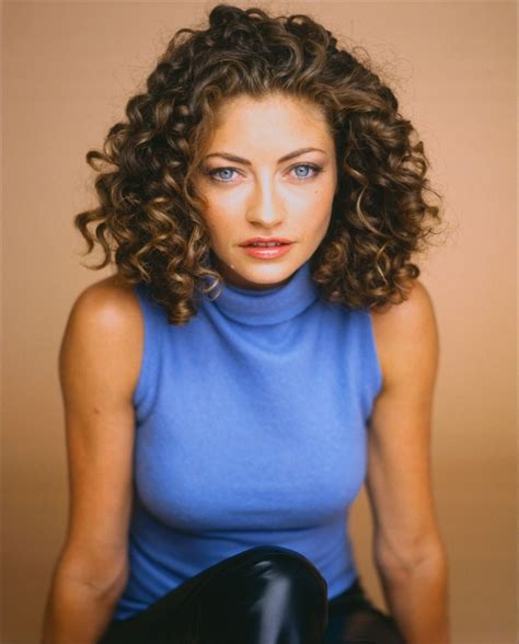 alex kingston medium length curly hair style cool curly hair celebrities cool curly hair page 4