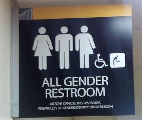 trans which bathroom south dakota governor vetoes transgender bathroom bill