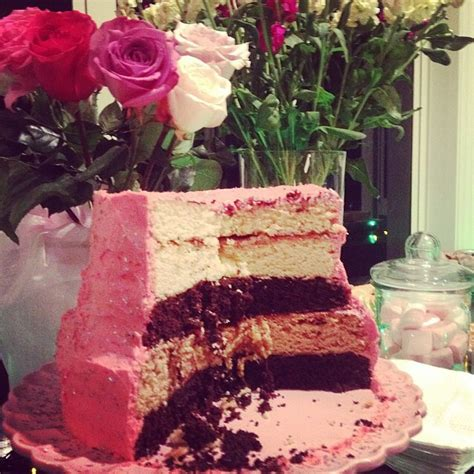 Wedding Cakes You Can Make by Diy Can You Make Your Own Wedding Cake She Said Yes