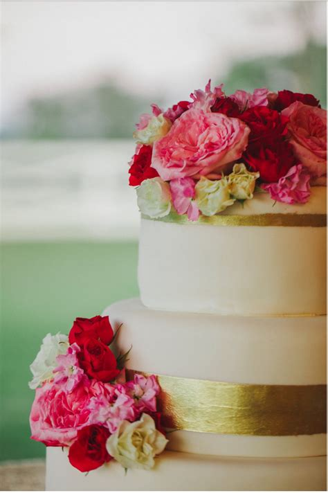 Show Me Wedding Cakes by Show Me Your Wedding Cake
