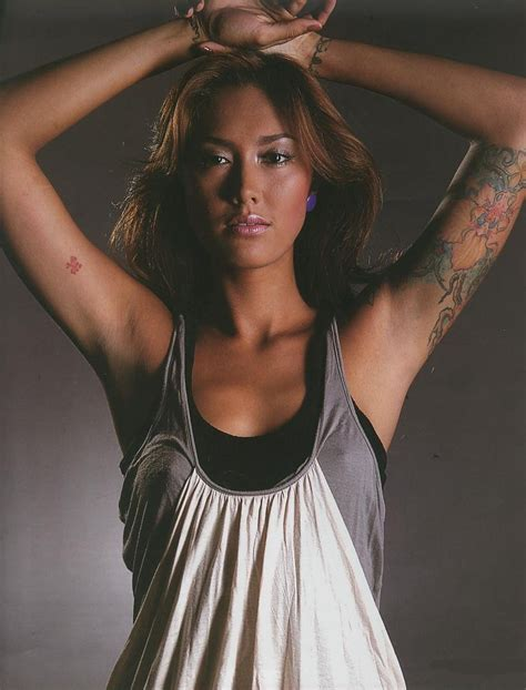 tato keren wanita indonesia girl sexy indonesia tato artis wanita indonesia